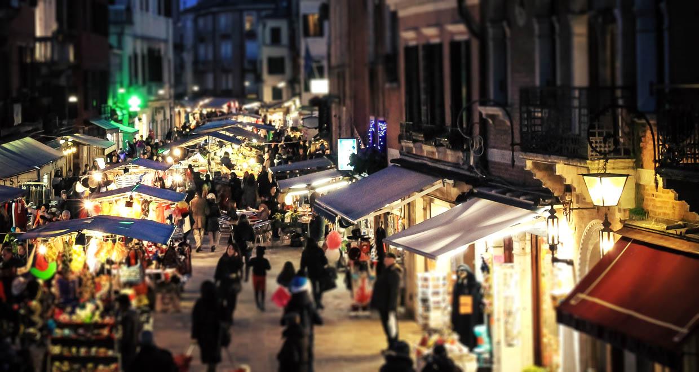 Saintnook Bazaar